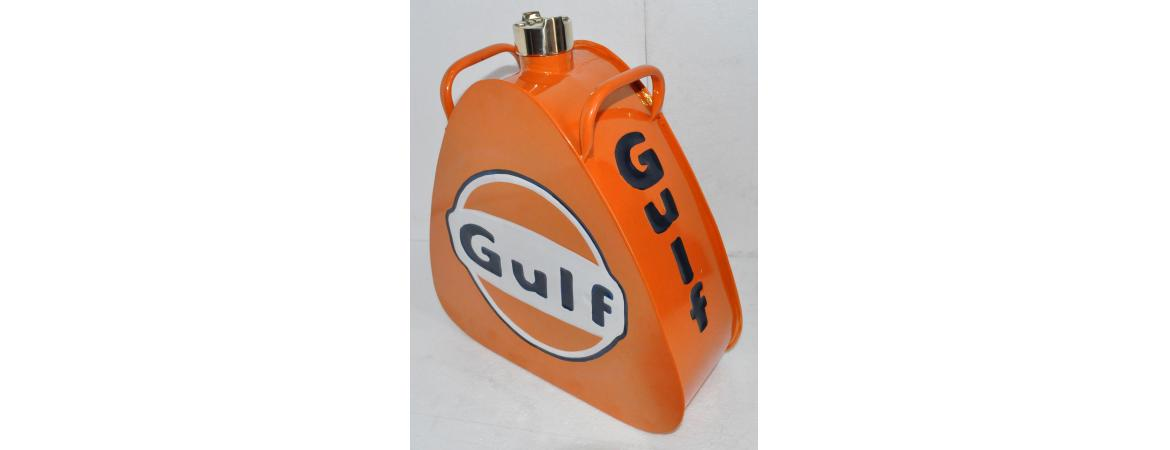 Gulf Oil Can Coloured Triangle