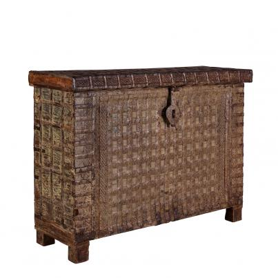 Vintage Narrow Pitari Chest
